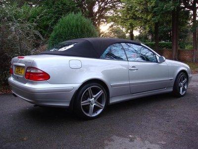 Mercedes CLK 208 Twilfast cabriolet dak incl BTW en montage aan huis. €1625